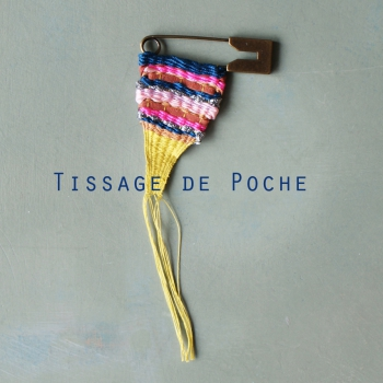 tissage, mini, broche, OUUF, bleu de sienne